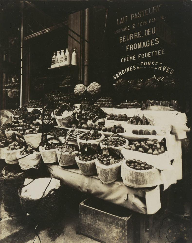 Rue Sainte-Opportune (Produce Display, rue Sainte-Opportune). Used by permission under the Getty Museum Open Content Program
